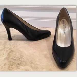 CHARLES JOURDAN Black Leather Classic Pumps France